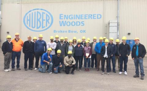 Huber Factory Tour Group Photo of all attendees