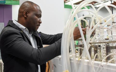 Kayode Oluwabunmi in lab
